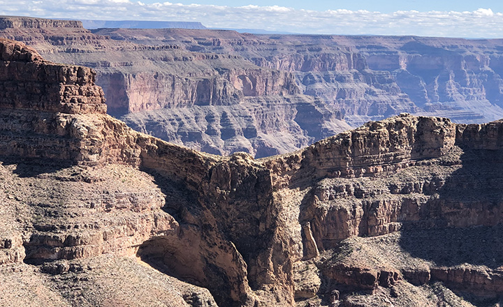 grand canyon rock formation that looks like an eagle at Eagle Point west rim small group tour