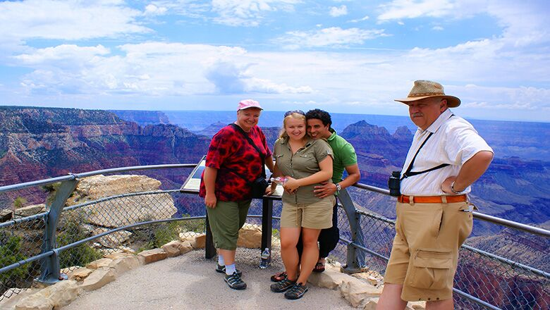Why You Should Visit Grand Canyon National Park by Bus