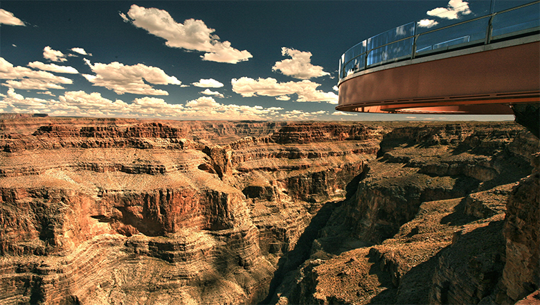 Planning a Grand Canyon West Rim Bus Tour? See Beautiful Eagle Point and Several Key Sights