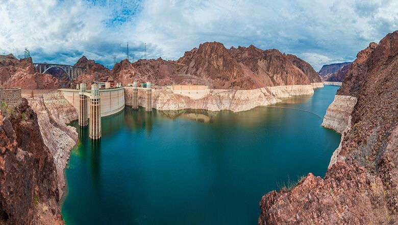 The Hoover Dam and Lake Mead during the day