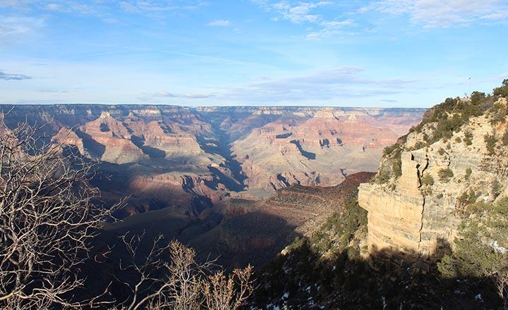 Las Vegas to Grand Canyon tours provide amazing views.